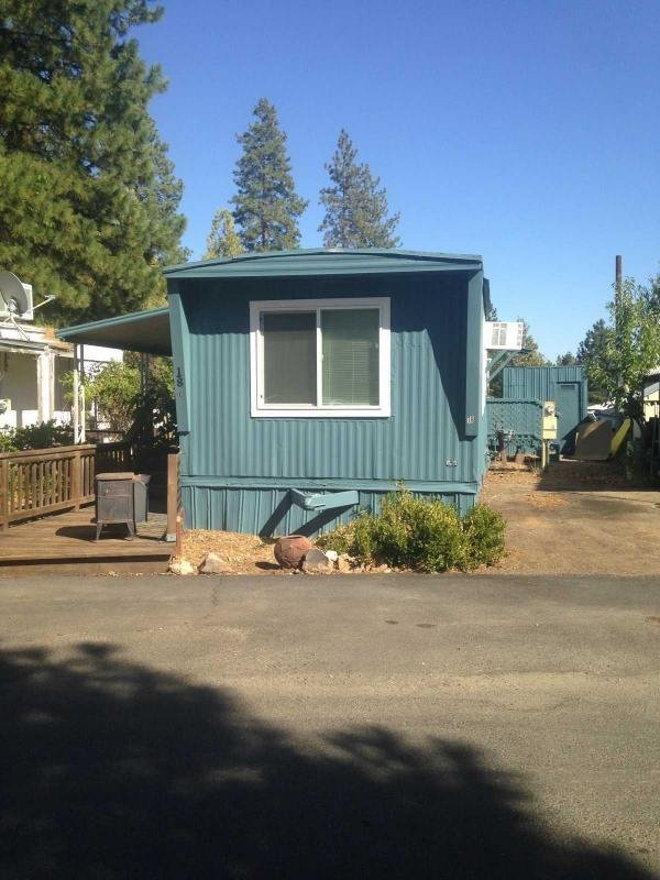 1971 Celebrity Homes  Mobile Home For Sale