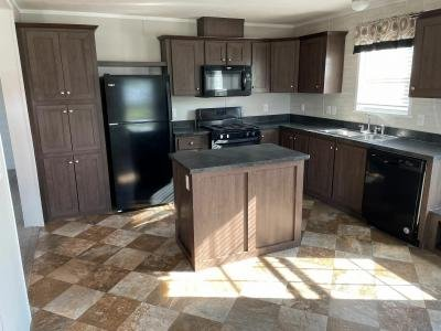 Mobile Home at 357 Sherry Lane Lot 98 Dundee, MI 48131