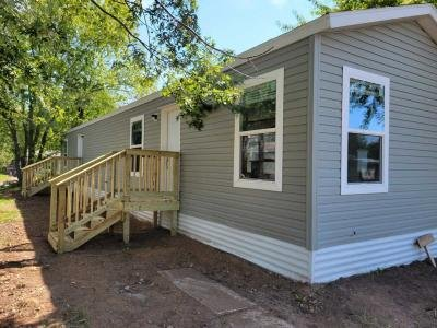 Mobile Home at 819 Revere St Eau Claire, WI 54703