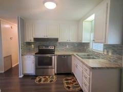 Photo 4 of 26 of home located at 386 Coquina Dr Ellenton, FL 34222
