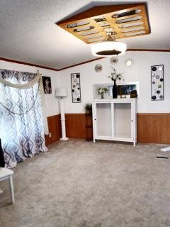 Photo 4 of 13 of home located at 560 Horseshoe Trail SE Albuquerque, NM 87123