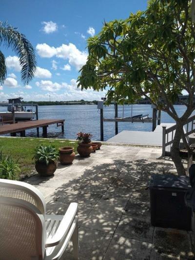 Mobile Home at 4701 Harbor Lights Dr. Saint Petersburg, FL 33708