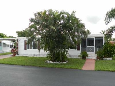 Mobile Home at 211 Pier E Naples, FL 34112