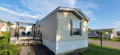 Mobile Home at 1364 Rolling Hills Dr. Maplewood, MN 55119