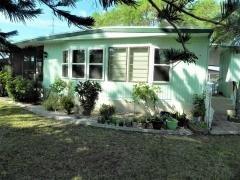 Photo 2 of 27 of home located at 1186 Juanita Circle Venice, FL 34285