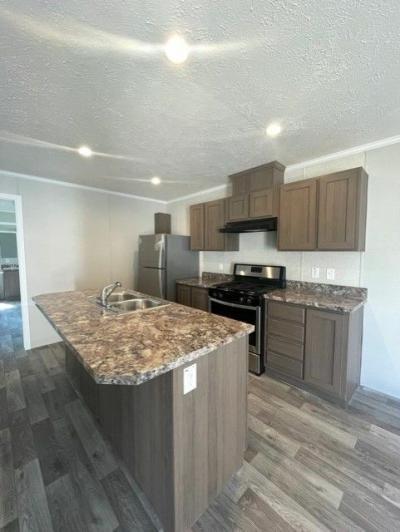 Mobile Home at 246 Creekside Drive Belleville, MI 48111