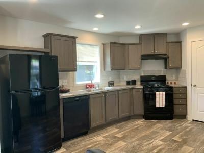Mobile Home at 176 Cimarron Lake Elmo, MN 55042