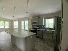 Photo 5 of 20 of home located at 7805 Chandler Street (Site 0080) Ellenton, FL 34222