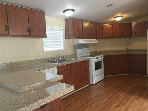 2001 FLEETWOOD Mobile Home For Rent
