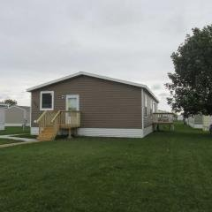 Photo 2 of 18 of home located at 6008 S Bremerton Pl Sioux Falls, SD 57106