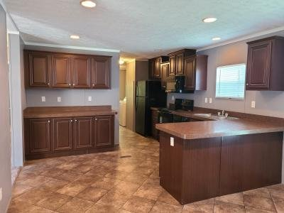 Mobile Home at 64 Lynnwood Circle Clarksville, TN 37040