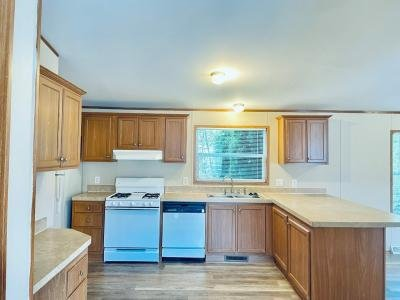 Mobile Home at 3832 Broken Oak White Lake, MI 48383