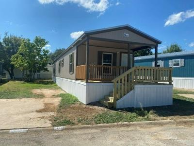 Mobile Home at 5004 Buffalo Court North Fort Worth, TX 76119