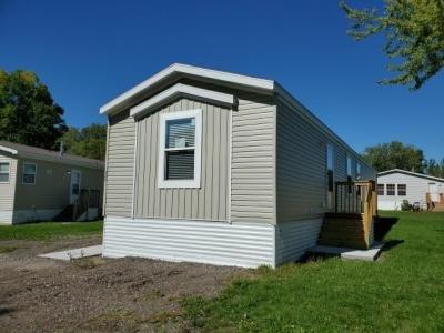 Mobile Home at 523 Juliet Dr Lakeville, MN 55044