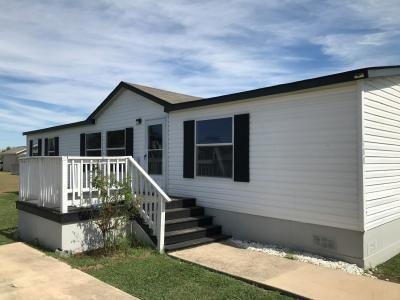 Mobile Home at 188 Coral Ln San Marcos, TX 78666