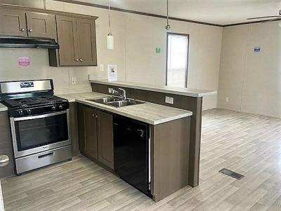 Mobile Home at 10315 W Greenfield Ave #819 West Allis, WI 53214