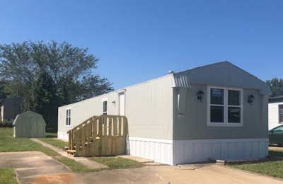 Mobile Home at 11838 N College Avenue Kansas City, MO 64156