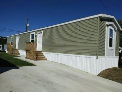 Mobile Home at 1043 Cedar St Laurys Station, PA 18059