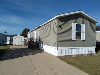 Mobile Home at 834 Pinecreek Dr Middleville, MI 49333
