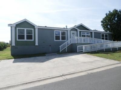 Mobile Home at 7460 Kitty Hawk Rd Site 041 Converse, TX 78109