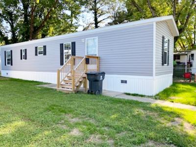 Mobile Home at 6 Donna Pl. Newport News, VA 23606
