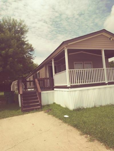 Mobile Home at 100 S Beltline Road #53 Dallas, TX 75253