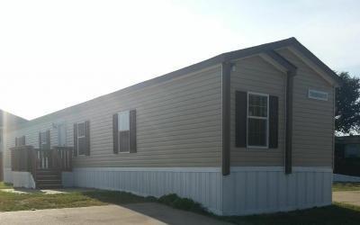 Mobile Home at 7611 Twin Parks Drive Lot Tp7611 Arlington, TX 76001