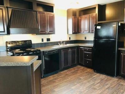 Mobile Home at 372 W Lawson Rd, Lot #29 Lot 3029 Dallas, TX 75253