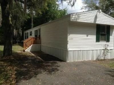 Mobile Home at 618 Queens Rd Gainesville, FL 32607