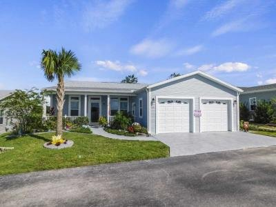 Mobile Home at 9206 Fairway Loop Dade City, FL 33525