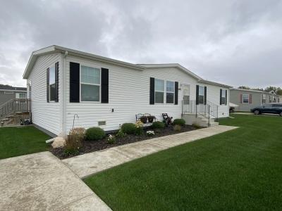 Mobile Home at 5493 Prancer Dr. Caledonia, MI 49316