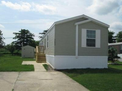 Mobile Home at 20519 Rosedale Dr Clinton Township, MI 48036