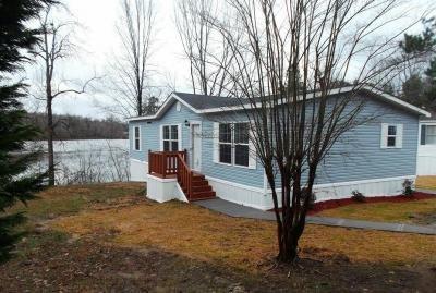 Mobile Home at 5622 E Shore Drive Lot 89 Greensboro, NC 27406