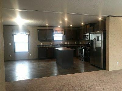 Mobile Home at 2700 Eaton Rapids Rd Box 237 Lansing, MI 48911