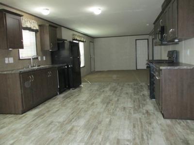 Mobile Home at 38805 Elk Run Lot 293 New Boston, MI 48164