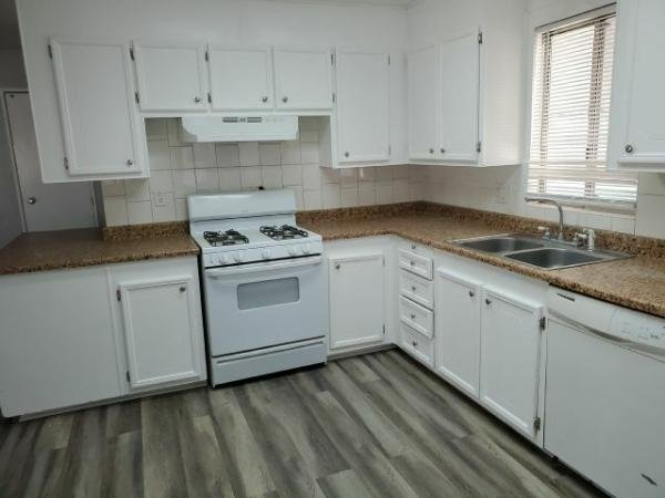 1980 BKG Mobile Home For Sale