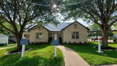 Mobile Home at 9605 W Us Highway 90 Lot #34 San Antonio, TX 78245