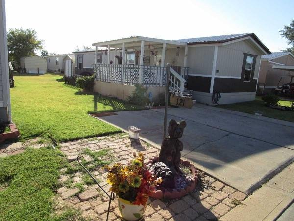 2011  Mobile Home For Sale