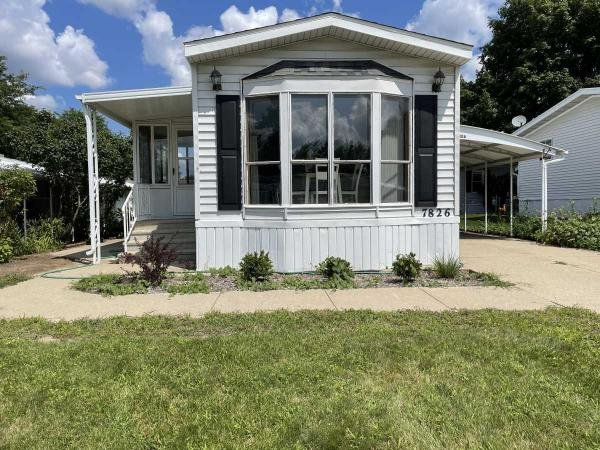 1987  Mobile Home For Sale