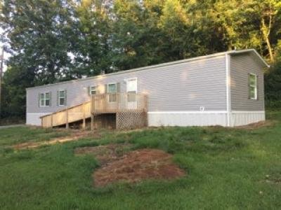 Mobile Home at 499 Long Ave Lot 16 Newport, TN 37821