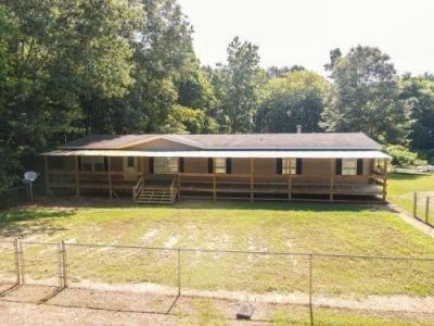 Mobile Home at 190 Anita Dr Gadsden, AL 35901
