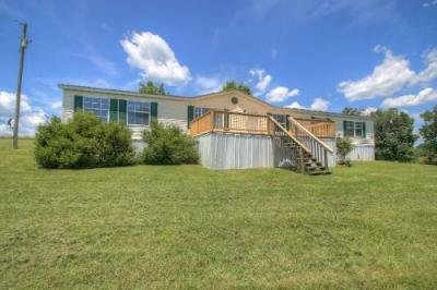 Mobile Home at 1438 Eberle Rd Mc Kee, KY 40447
