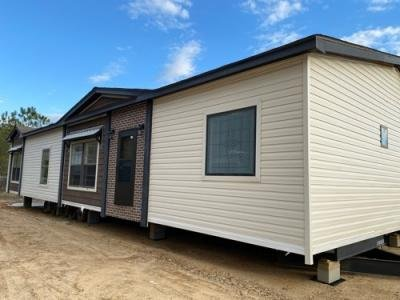 Mobile Home at 12 Hwy 28 West Laurel, MS 39443