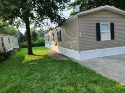 Mobile Home at 7237 Green Oaks Dr Louisville, KY 40258