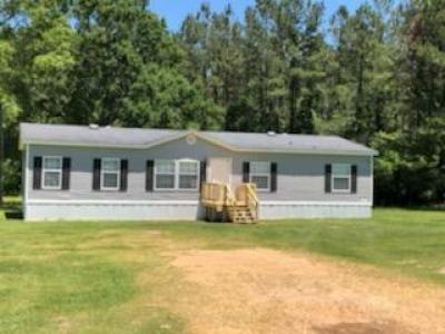 Mobile Home at 5040 Mount Herman Rd Mccomb, MS 39648