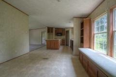 Photo 3 of 24 of home located at 211 Hilltop Rd East Bernstadt, KY 40729