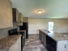 Photo 5 of 17 of home located at 155 Mimosa Dr Winchester, KY 40391