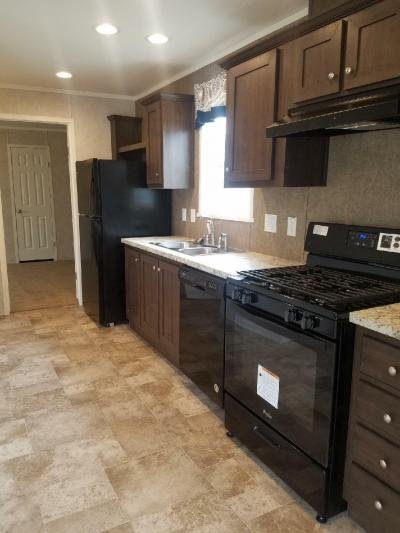 Mobile Home at 8456 Killy Ct Newport, MI 48166