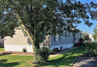 Mobile Home at 211 Fawn Meadow Xing Lancaster, PA 17603