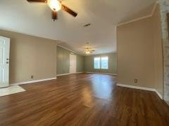 Photo 5 of 33 of home located at 3513 Zephyr Lane Valrico, FL 33594